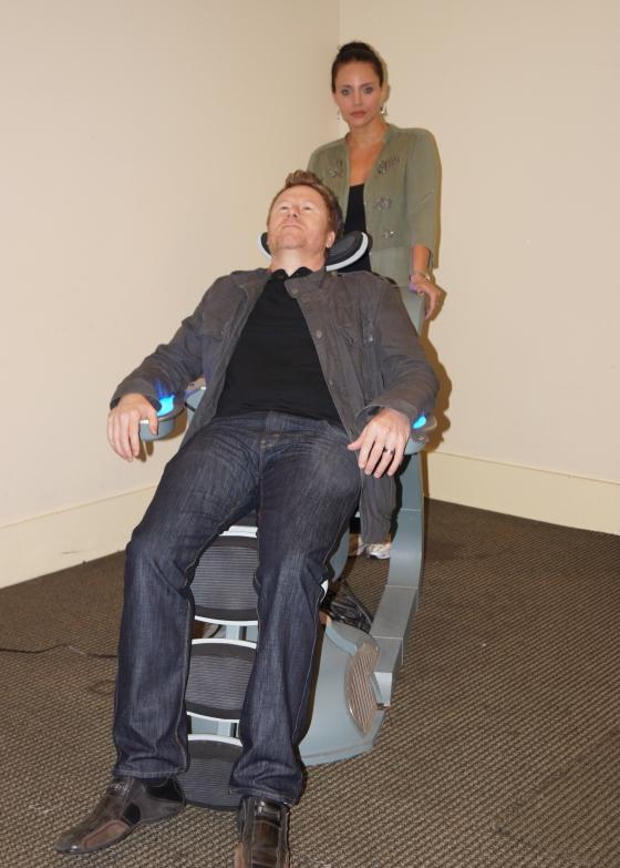 Miracle Laurie (Dollhouse) as Chris May's (Uke Box Heroes) handler