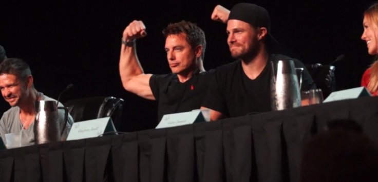 cast of arrow at dragon con